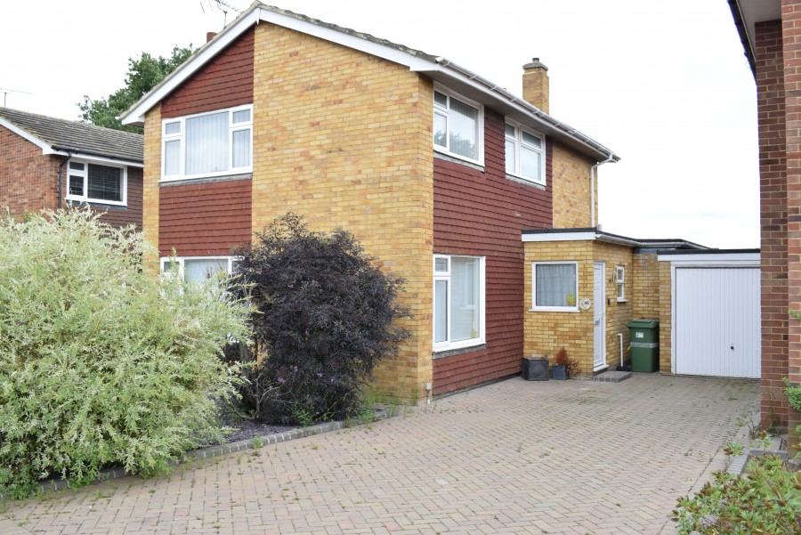 Images for Hurst Close, STAPLEHURST, TONBRIDGE EAID: BID:kim